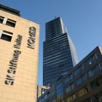 Komed und der Köln Turm im MediaPark